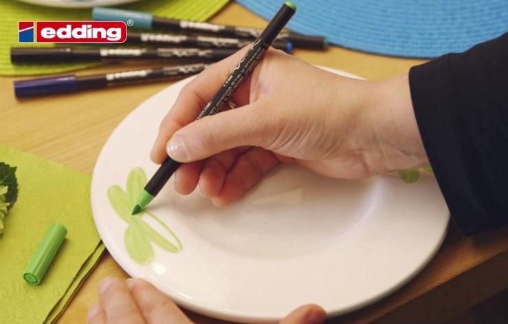 Flomaster za porcelan in keramiko